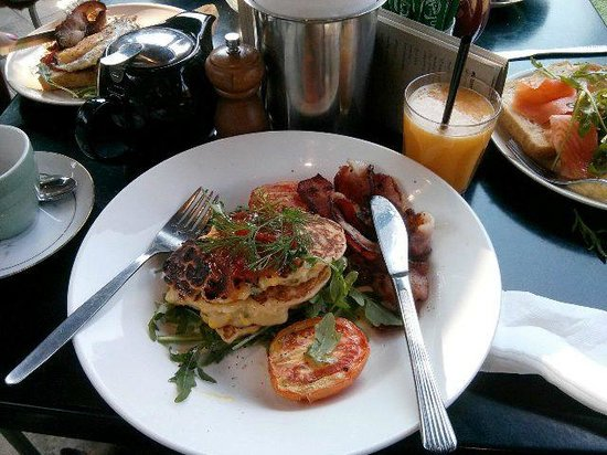 Lunch at the Gallery Cafe