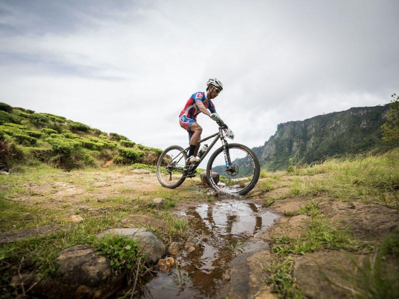 Cycling Horton Plains to Nuwara Eliya